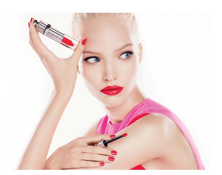 Tentation Beauté – Dior Addict Fluid Lipstick