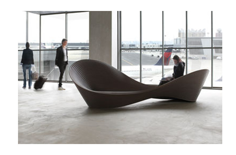 Tentation Design – Banquette Folly de Ron Arad