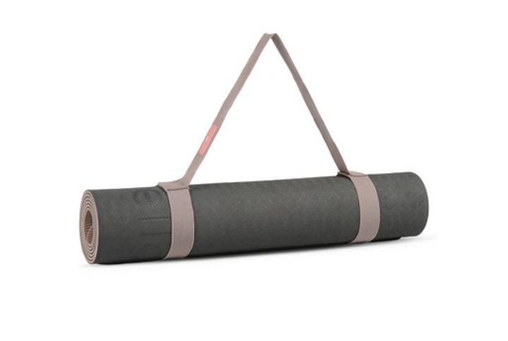 Tentation Beauté – Tapis de yoga Adidas by Stella McCartney