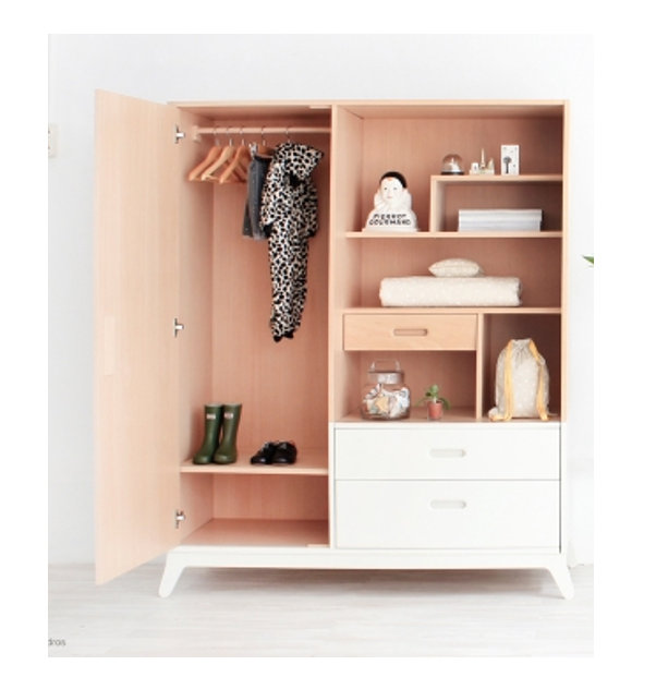 tentation-design-armoire-holiday